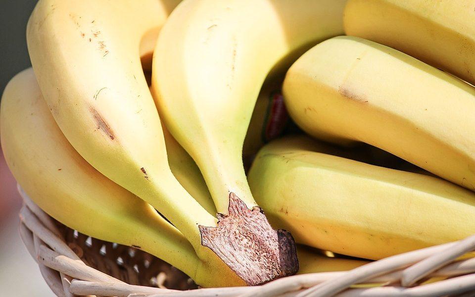 Bananen im Korb