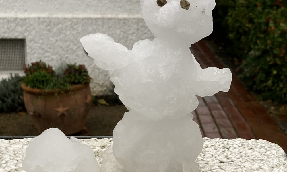 Figur aus Schnee
