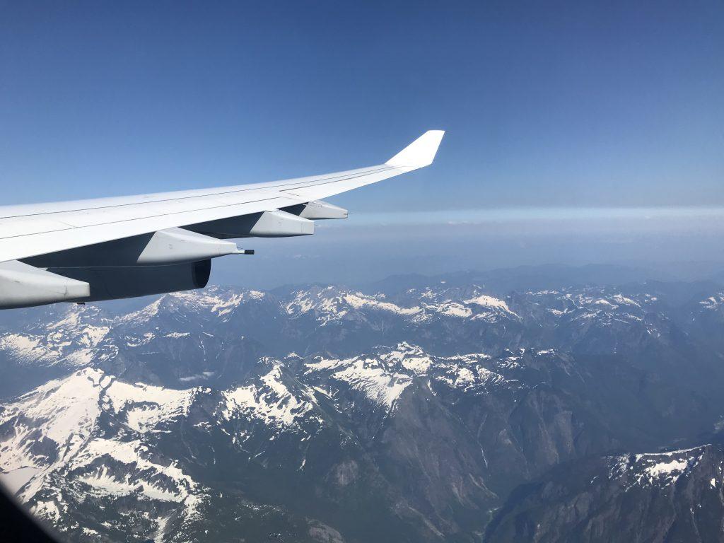 Kanadische Rocky Mountains aus dem Flugzeug